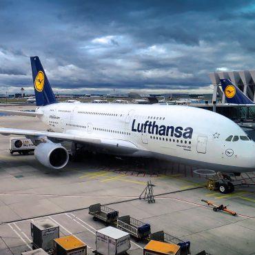 Jak otrzymać odszkodowanie od linii lotniczych?
